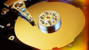 western-digital,-seagate-are-shipping-slow-smr-drives-without-informing-customers:-reports