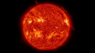 nasa's-day-in-the-sun:-space-agency-speeds-analysis-of-solar-images-by-150x-using-data-science-workstations