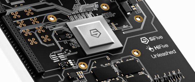 risc-v-tiptoes-towards-mainstream-with-sifive-dev-board,-high-performance-cpu
