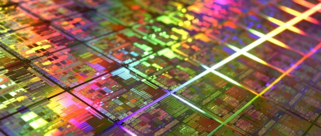 intel-rehires-nehalem's-chief-architect-to-build-a-new-high-performance-cpu