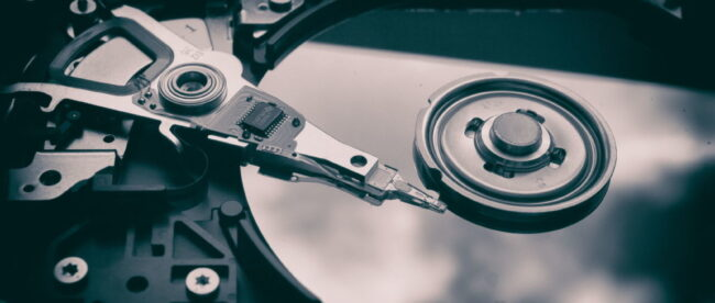 google,-seagate-ai-identifies-problem-hard-drives-before-they-fail
