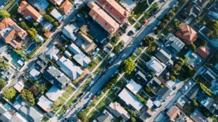 fighting-fire-with-insights:-cape-analytics-uses-computer-vision-to-put-geospatial-data-and-risk-information-in-hands-of-property-insurance-companies