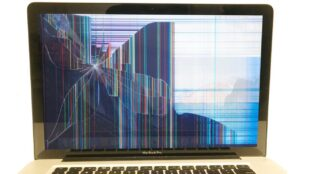 apple-hit-with-class-action-lawsuit-over-shattered-m1-macbook-displays