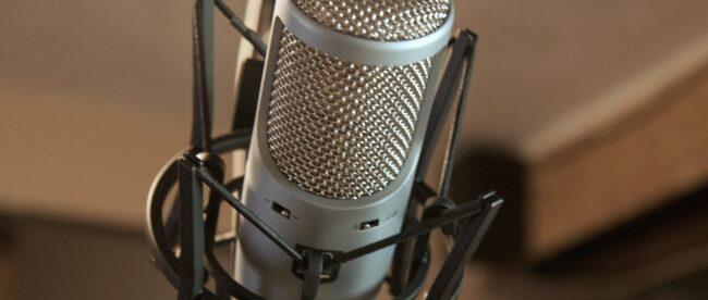 sing-it,-sister!-maya-ackerman-on-lyricstudio,-an-ai-based-writing-assistant